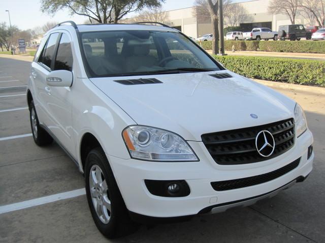 2006 Mercedes-Benz ML350 4 Matic, Super Clean,  Best Around, only 90k miles Plano, Texas 1