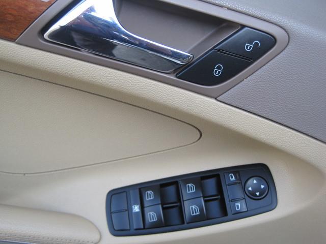2006 Mercedes-Benz ML350 4 Matic, Super Clean,  Best Around, only 90k miles Plano, Texas 26