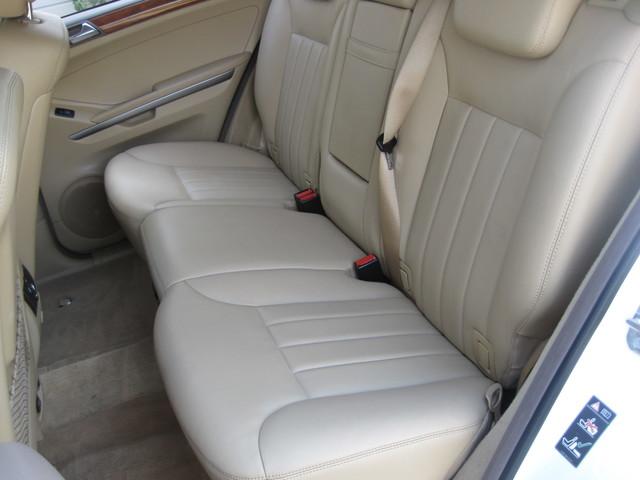 2006 Mercedes-Benz ML350 4 Matic, Super Clean,  Best Around, only 90k miles Plano, Texas 14