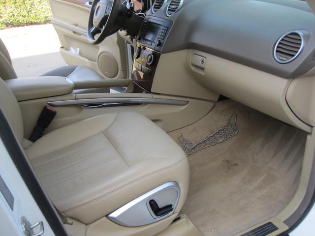 2006 Mercedes-Benz ML350 4 Matic, Super Clean,  Best Around, only 90k miles Plano, Texas 17