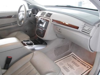 2006 Mercedes-Benz R350 3.5L Gardena, California 7