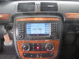 2006 Mercedes-Benz R350 3.5L Gardena, California 6