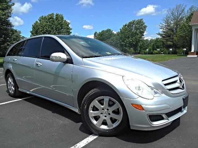 2006 Mercedes-Benz R350 3.5L Leesburg, Virginia 0