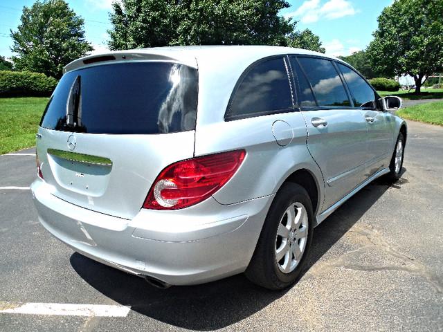 2006 Mercedes-Benz R350 3.5L Leesburg, Virginia 3
