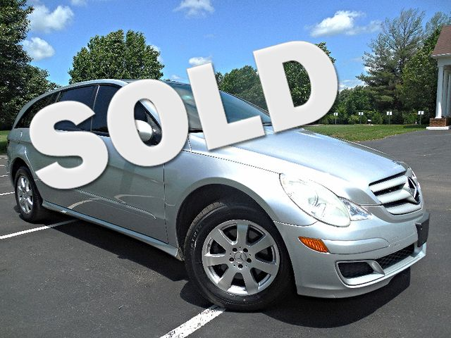 2006 Mercedes-Benz R350 3.5L Leesburg, Virginia 0