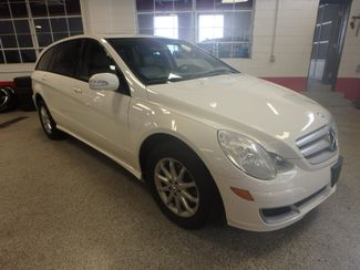 2006 Mercedes R350 4-Matic VALUE PRICED, ROAD READY, WITH WARRANTY Saint Louis Park, MN