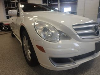 2006 Mercedes R350 4-Matic VALUE PRICED, ROAD READY, WITH WARRANTY Saint Louis Park, MN 14