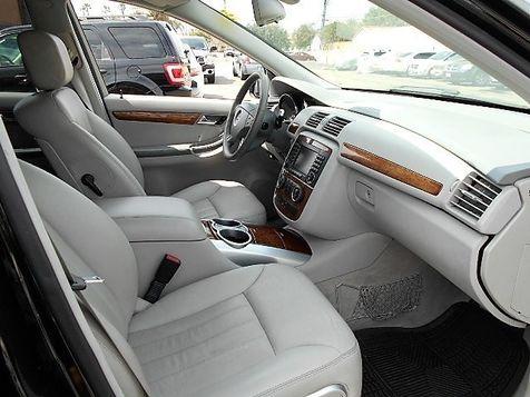 2006 Mercedes-Benz R350 3.5L | Santa Ana, California | Santa Ana Auto Center in Santa Ana, California