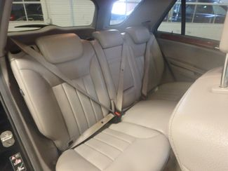2006 Mercedes Ml350 4-Matic AWESOME SUV. FRESH TRADE-IN, SERVICED. Saint Louis Park, MN 3