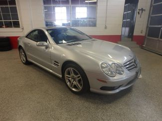 2006 Mercedes Sl500, Serviced. HARD TOP CONVERTIBLE, ABSOLUTELY PERFECT! Saint Louis Park, MN
