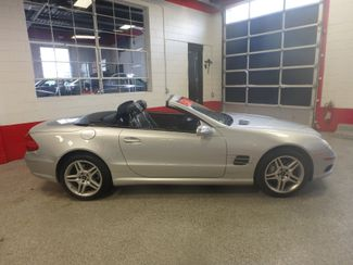 2006 Mercedes Sl500, Serviced. HARD TOP CONVERTIBLE, ABSOLUTELY PERFECT! Saint Louis Park, MN 3