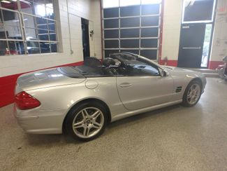 2006 Mercedes Sl500, Serviced. HARD TOP CONVERTIBLE, ABSOLUTELY PERFECT! Saint Louis Park, MN 40