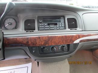 2006 Mercury Grand Marquis GS Fremont, Ohio 10