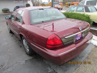 2006 Mercury Grand Marquis GS Fremont, Ohio 2