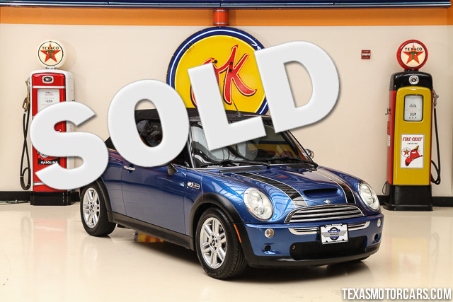 2006 MINI Convertible S This 2006 MINI Convertible S is in great shape with only 83 011 miles Th