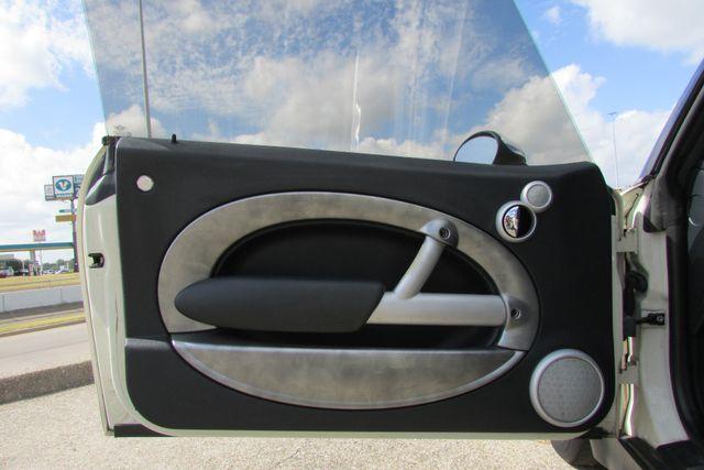2006 Mini Convertible S Arlington, Texas 28