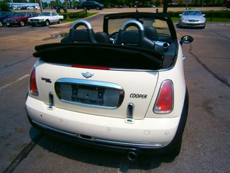 2006 Mini Convertible Memphis, Tennessee 30