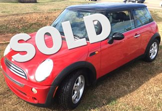 2006 Mini-2 Owner!! Auto!! Carfax Clean!! Cooper-LEATHER!! 117K!! LOW MILES!! Base-CARMARTSOUTH.COM Knoxville, Tennessee