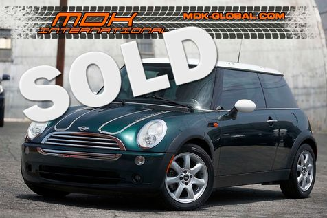 2006 Mini Hardtop - Manual - Panoramic roof - Heated seats in Los Angeles