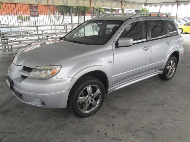 2006 Mitsubishi Outlander SE Please call or e-mail to check availability All of our vehicles ar
