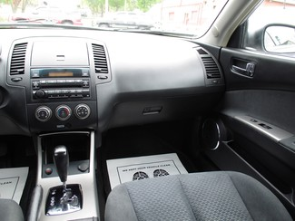 2006 Nissan Altima 3.5 SE Milwaukee, Wisconsin 13