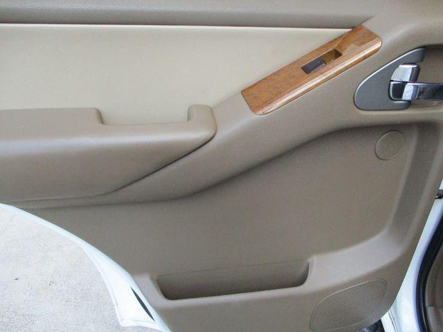 2006 Nissan Pathfinder LE Plano, Texas 14
