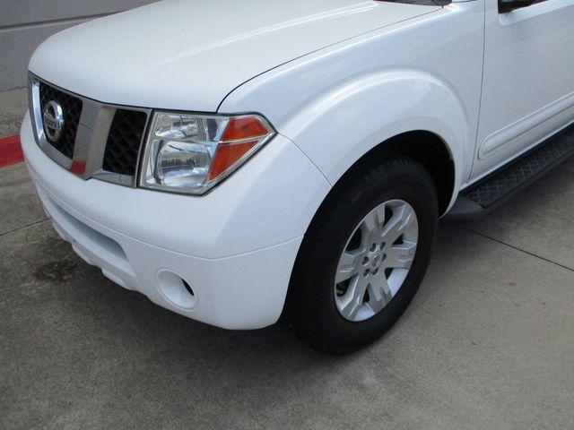 2006 Nissan Pathfinder LE Plano, Texas 9