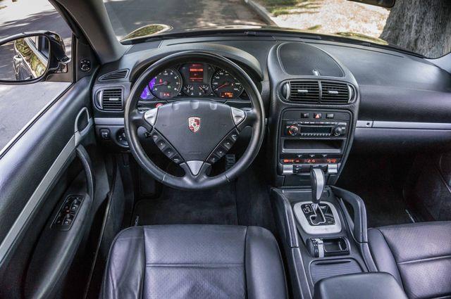2006 Porsche Cayenne 4WD - AUTO - 98K MILES - SUNROOF Reseda, CA 18