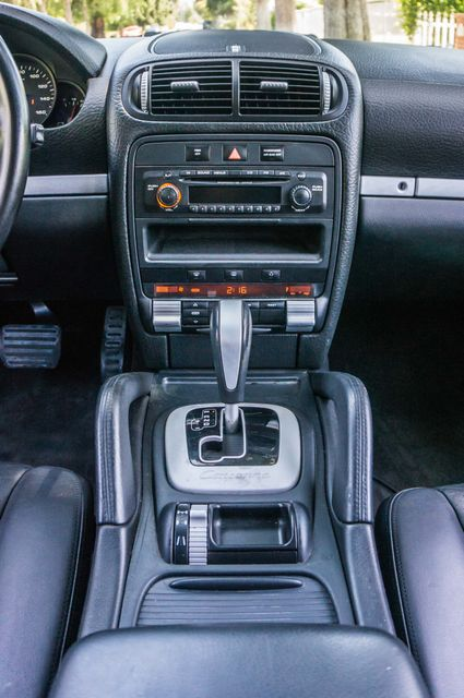 2006 Porsche Cayenne 4WD - AUTO - 98K MILES - SUNROOF Reseda, CA 26