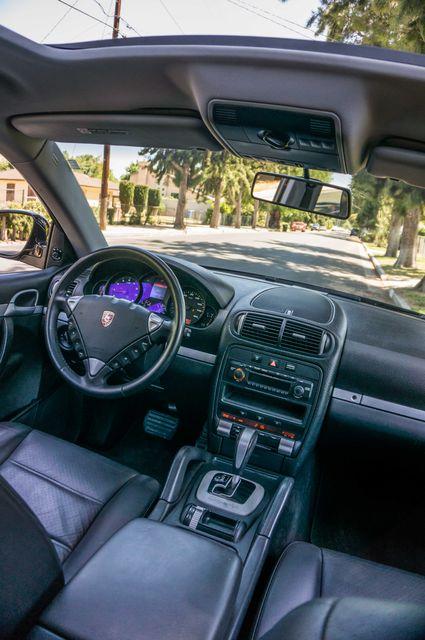 2006 Porsche Cayenne 4WD - AUTO - 98K MILES - SUNROOF Reseda, CA 37