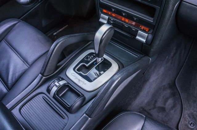 2006 Porsche Cayenne 4WD - AUTO - 98K MILES - SUNROOF Reseda, CA 30