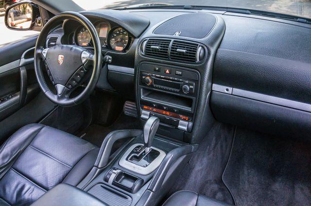 2006 Porsche Cayenne 4WD - AUTO - 98K MILES - SUNROOF Reseda, CA 22