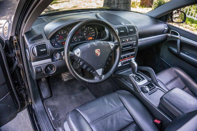 2006 Porsche Cayenne 4WD - AUTO - 98K MILES - SUNROOF Reseda, CA 14