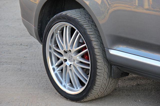 2006 Porsche Cayenne Turbo Reseda, CA 18
