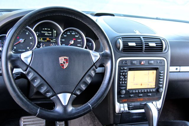 2006 Porsche Cayenne Turbo Reseda, CA 1