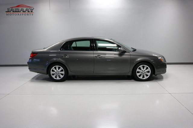 2006 Toyota Avalon XLS Merrillville, Indiana 42