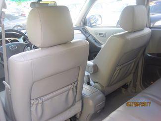 2006 Toyota Highlander Limited w/3rd Row Englewood, Colorado 16