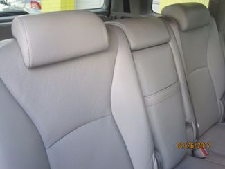 2006 Toyota Highlander Limited w/3rd Row Englewood, Colorado 22