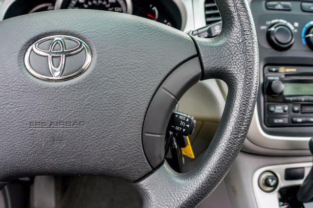 2006 Toyota Highlander Hybrid  AUTO - SUNROOF - 3RD ROW - 1-OWNER Reseda, CA 20