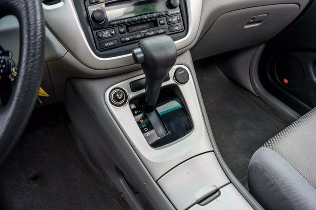2006 Toyota Highlander Hybrid  AUTO - SUNROOF - 3RD ROW - 1-OWNER Reseda, CA 26
