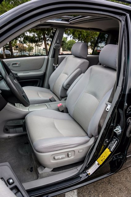 2006 Toyota Highlander Hybrid  AUTO - SUNROOF - 3RD ROW - 1-OWNER Reseda, CA 27