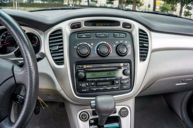 2006 Toyota Highlander Hybrid  AUTO - SUNROOF - 3RD ROW - 1-OWNER Reseda, CA 24