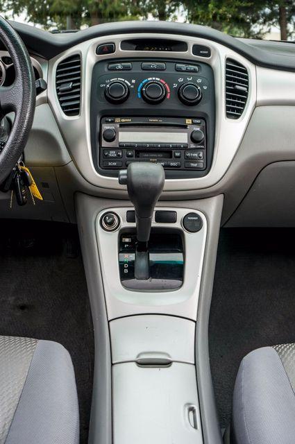 2006 Toyota Highlander Hybrid  AUTO - SUNROOF - 3RD ROW - 1-OWNER Reseda, CA 22