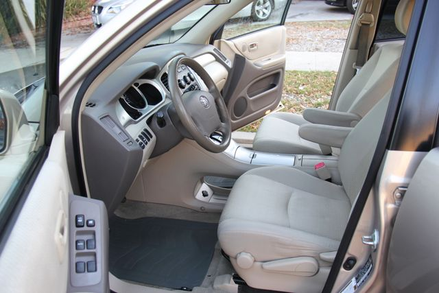 2006 Toyota Highlander Reseda, CA 17