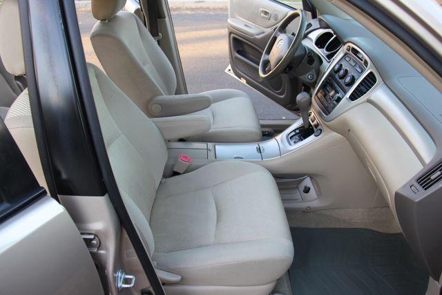 2006 Toyota Highlander Reseda, CA 15