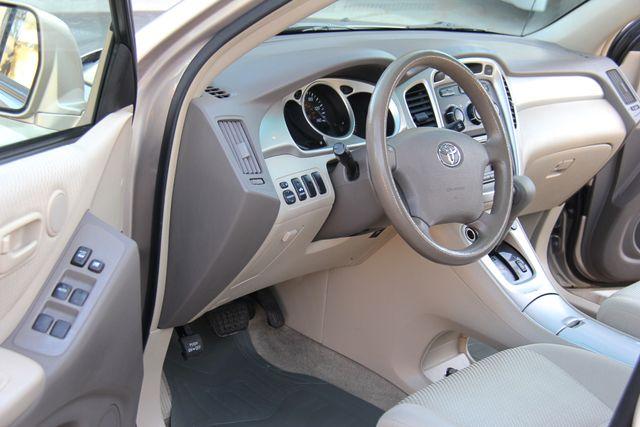 2006 Toyota Highlander Reseda, CA 22