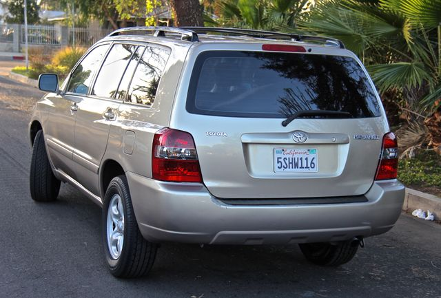 2006 Toyota Highlander Reseda, CA 9