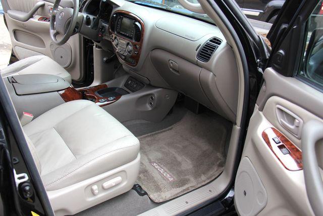 2006 Toyota Sequoia Limited Reseda, CA 17
