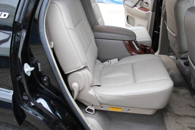 2006 Toyota Sequoia Limited Reseda, CA 19