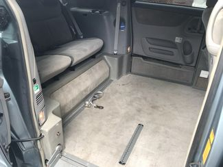 2006 Toyota Sienna LE handicap wheelchair van side entry.. Dallas, Georgia 12